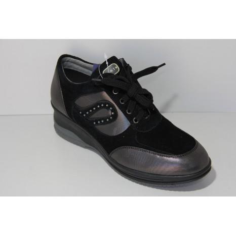 scarpa sportiva inblu